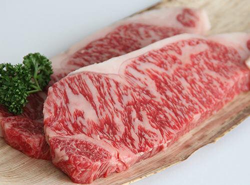 肉贈サーロインステーキ